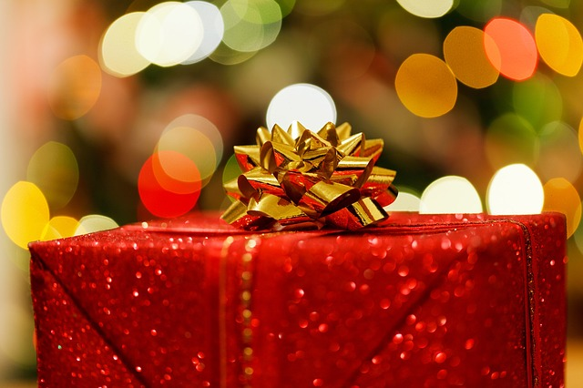 christmas-present mam